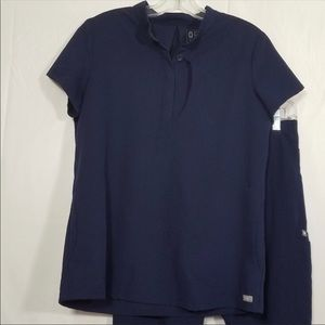 Figs Rafaela button up top. Size small. Never worn
